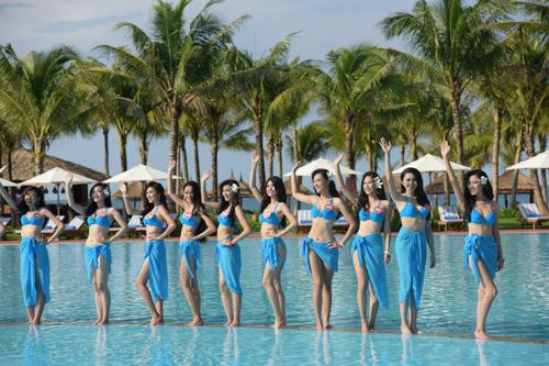 """Phú Quốc """"nóng rực"""" với dàn thí sinh HHVN mặc bikini - 17"""