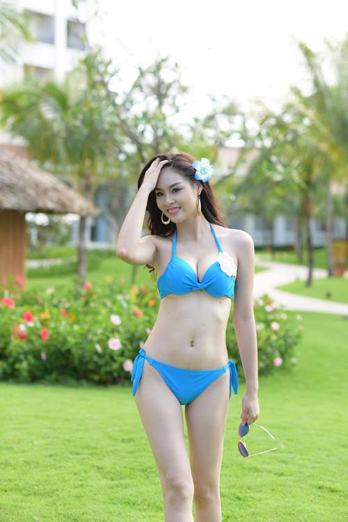 11 khuôn ngực quyến rũ nhất vòng chung kết Hoa hậu VN - 6