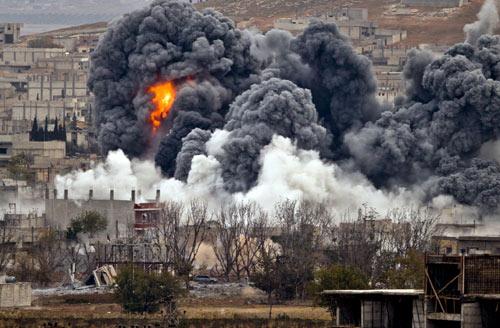 IS điều xe tăng tấn công thị trấn Kobani từ cả 4 phía - 1