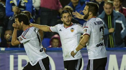 """Valencia – Barca: """"Hang dơi"""" chào đón kỷ lục gia - 2"""