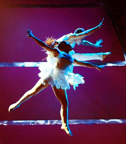Tình yêu của cặp vũ công thăng hoa trên sân khấu nhảy múa - 7