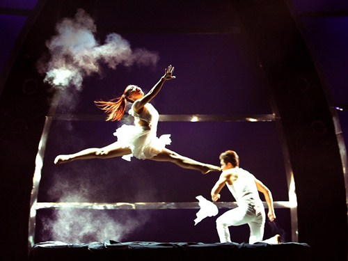 Tình yêu của cặp vũ công thăng hoa trên sân khấu nhảy múa - 8