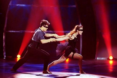 Tình yêu của cặp vũ công thăng hoa trên sân khấu nhảy múa - 5