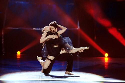 Tình yêu của cặp vũ công thăng hoa trên sân khấu nhảy múa - 6