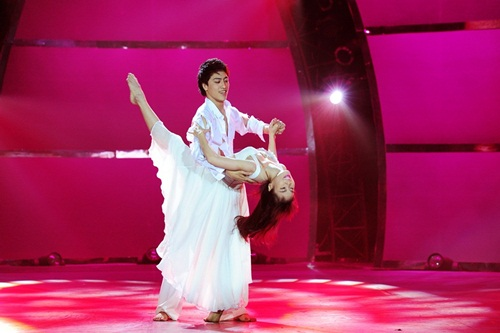 Tình yêu của cặp vũ công thăng hoa trên sân khấu nhảy múa - 2