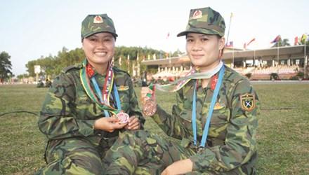 Chuyện về nữ xạ thủ có duyên với huy chương
