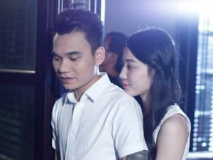 Đóng cảnh thân mật, Khắc Việt khiến bạn gái nổi ghen