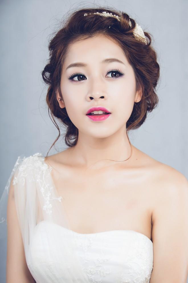 Hot girl Việt cạnh tranh tại giải thưởng cúp Ngôi Sao Xanh - 4