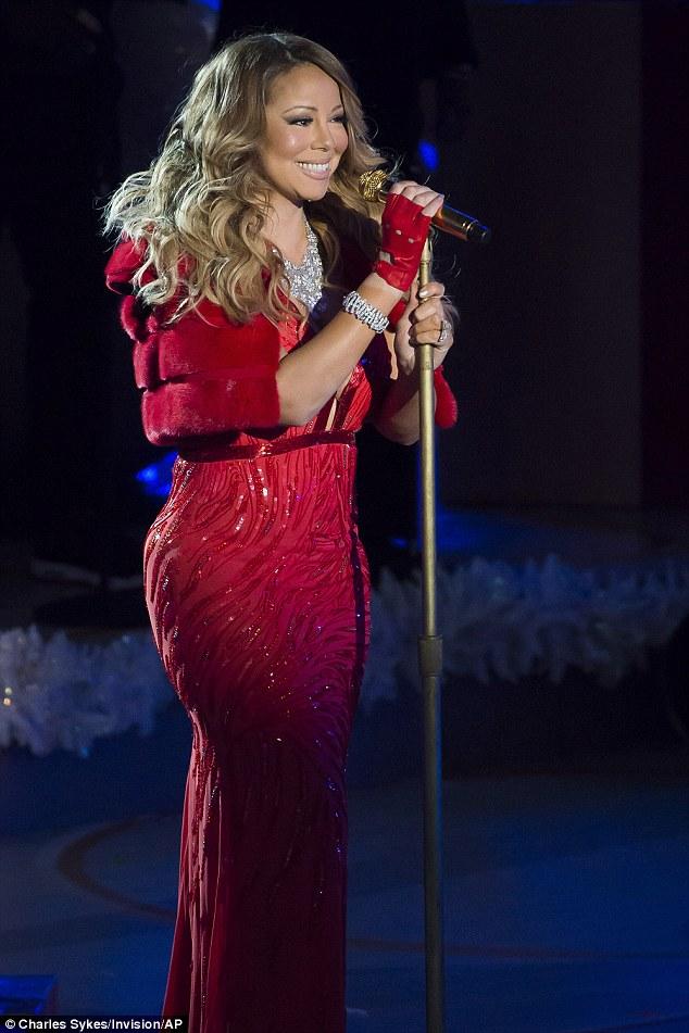 Thất vọng với giọng hát Mariah Carey trước Giáng sinh - 1