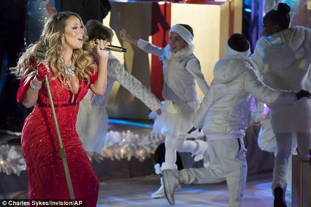 Thất vọng với giọng hát Mariah Carey trước Giáng sinh - 2
