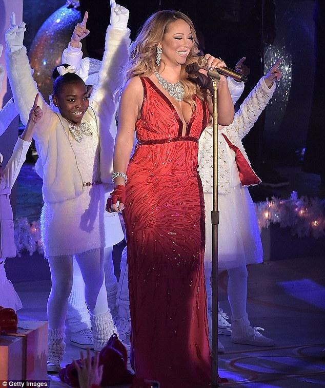 Thất vọng với giọng hát Mariah Carey trước Giáng sinh - 9