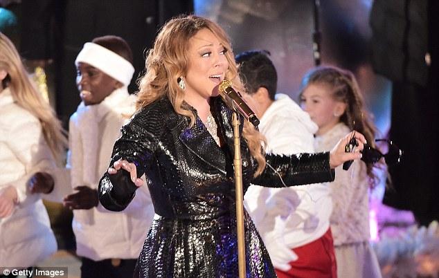 Thất vọng với giọng hát Mariah Carey trước Giáng sinh - 11