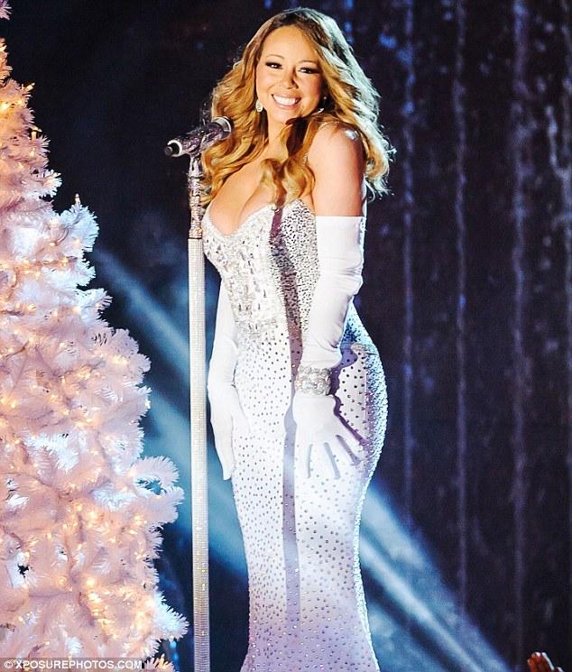 Thất vọng với giọng hát Mariah Carey trước Giáng sinh - 6