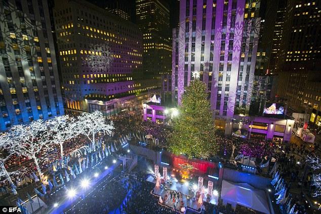 Thất vọng với giọng hát Mariah Carey trước Giáng sinh - 10