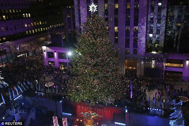 Thất vọng với giọng hát Mariah Carey trước Giáng sinh - 13