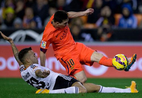 Tin HOT bóng đá tối 5/12: James Rodriguez được trọng dụng ở Real - 2