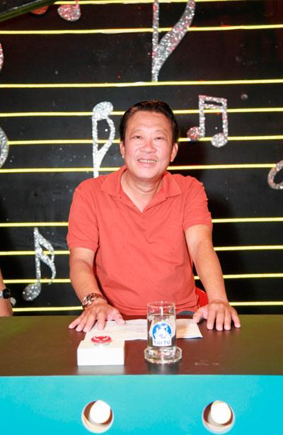"""Nhạc sĩ Lê Quang: """"Mấy chục năm tuổi trẻ tôi khùng điên lắm!"""" - 1"""
