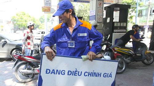 Thuế nhập khẩu xăng dầu tăng mạnh lên 40% 1