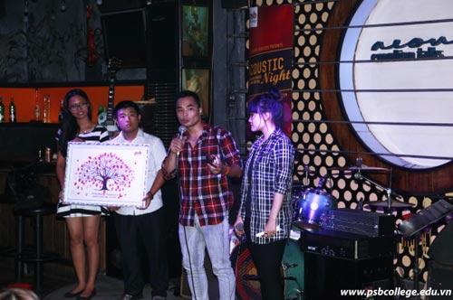 Trường quốc tế PSB tổ chức đêm nhạc Acoustic gây quỹ từ thiện - 3