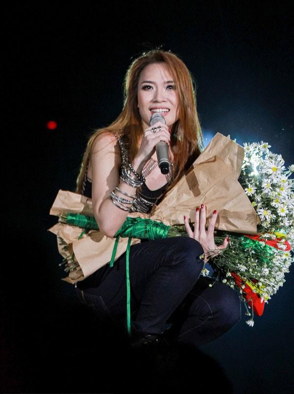 Mỹ Tâm lọt top 10 nữ ca sĩ được ngưỡng mộ nhất châu Á - 2