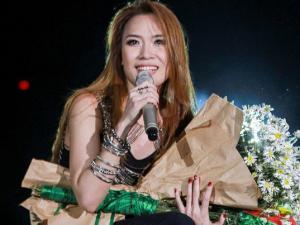 Mỹ Tâm lọt top 10 nữ ca sĩ được ngưỡng mộ nhất châu Á