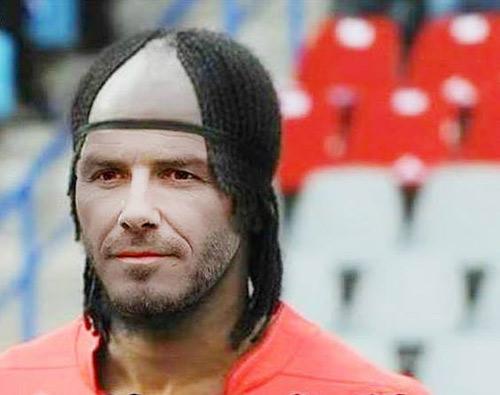 Ảnh chế: Khi các sao bóng đá đổi kiểu tóc cho nhau - 2