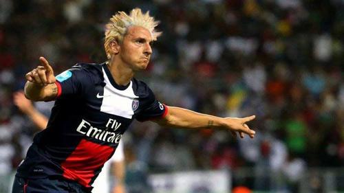 Ảnh chế: Khi các sao bóng đá đổi kiểu tóc cho nhau - 5