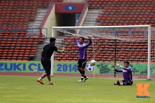 Tập kín ở sân Shah Alam, ĐTVN muốn lọt vào chung kết - 11