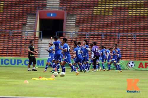 Tập kín ở sân Shah Alam, ĐTVN muốn lọt vào chung kết - 12