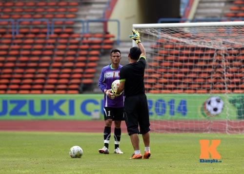 Tập kín ở sân Shah Alam, ĐTVN muốn lọt vào chung kết - 10