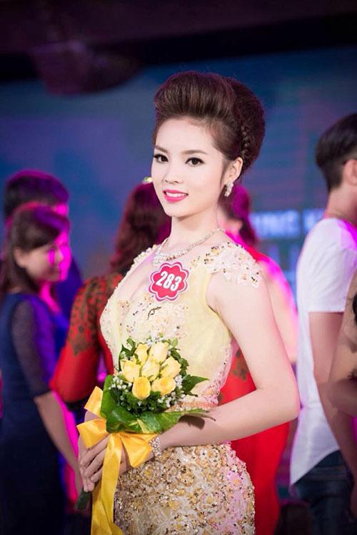 Hot girl giảm 15kg giành vương miện Hoa hậu Việt Nam - 7