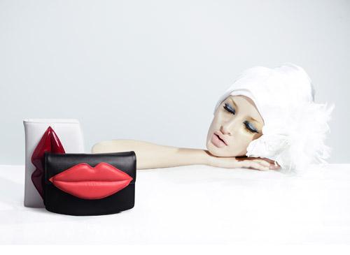Vẻ đẹp khó cưỡng từ BST đôi môi độc đáo của Dolly - 1