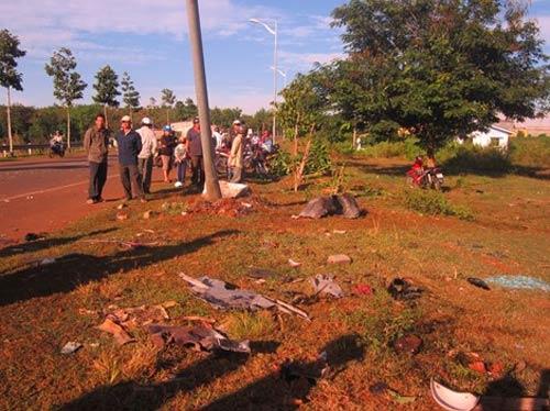 CSGT tông chết 2 dân phòng, 5 người khác trọng thương - 6