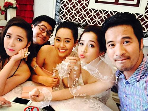 """64% bạn trẻ Việt thích chụp hình """"tự sướng"""" - 2"""
