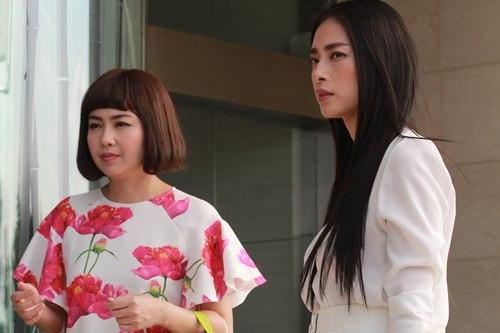 Chồng sắp cưới đến phim trường thăm Lê Khánh - 4