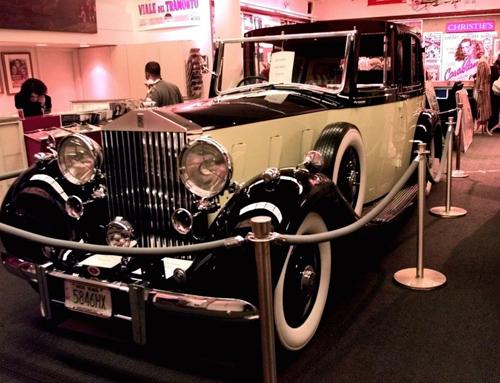 10 mẫu xe hơi sành điệu nhất của James Bond - 18