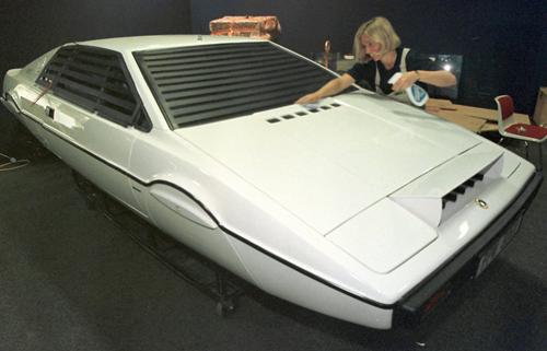 10 mẫu xe hơi sành điệu nhất của James Bond - 11