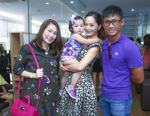 Lan Phương mê tít con gái của cựu thành viên MTV - 4