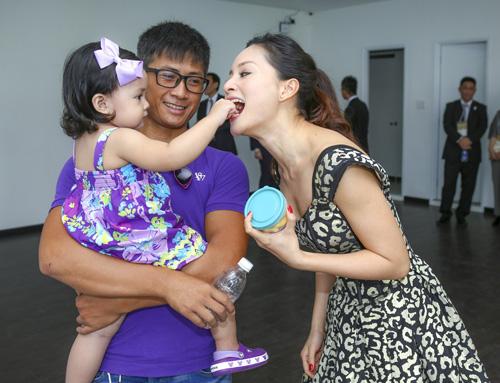 Lan Phương mê tít con gái của cựu thành viên MTV - 2