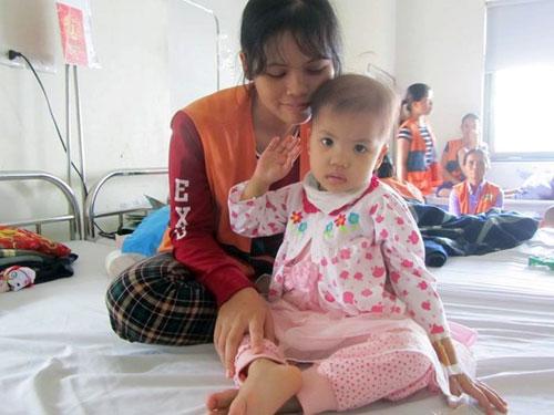 Những đứa trẻ từng ngày chống chọi bệnh máu - 1