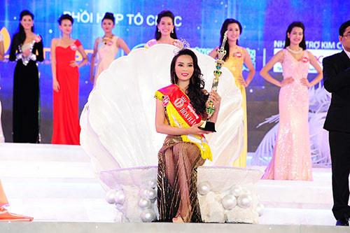Nguyễn Cao Kỳ Duyên là tân Hoa hậu Việt Nam 2014! - 2