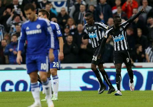 Chelsea thua trận, Mourinho đổ lỗi cho…nhân viên nhặt bóng - 1