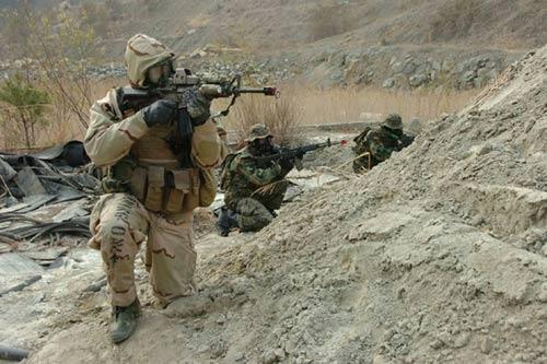 Con tin Mỹ bị bắn chết trong cuộc giải cứu của đặc nhiệm - 2