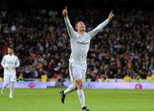 Đã hết từ để miêu tả về Ronaldo - 1