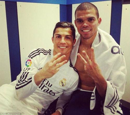 Đã hết từ để miêu tả về Ronaldo - 8