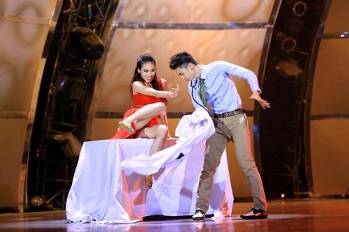 """Lê Hoàng """"tỏ tình"""" với Trấn Thành trên truyền hình - 3"""