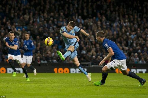 """Man City thắng liền 5 trận: """"Bão xanh"""" đổ bộ - 1"""