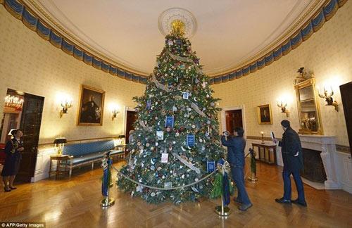 Nhà Trắng trang trí lộng lẫy mừng Giáng sinh 2014 - 2