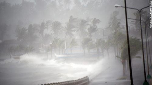 Bão Hagupit vào Philippines, gây mưa lớn phá hủy nhà cửa - 2