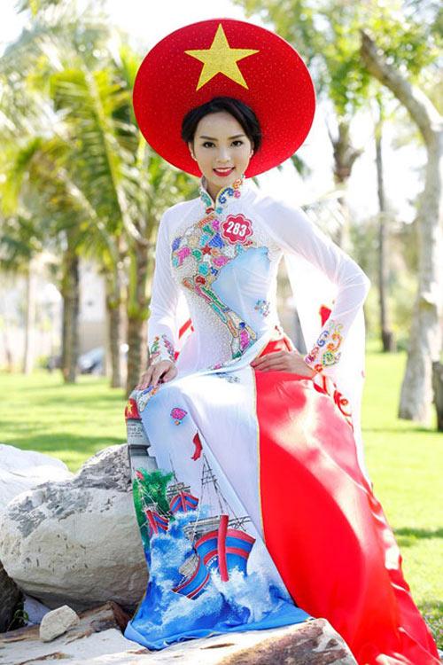 Vẻ đẹp tuổi 18 non tơ của tân Hoa hậu Việt Nam - 9